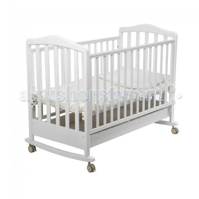 Детская кроватка Papaloni Винни качалка 120х60Винни качалка 120х60Детская кроватка Papaloni Винни качалка 120х60  Детская кроватка-качалка Papaloni Винни привлекательное предложение в средней ценовой категории для родителей, которые заботятся о максимальном удобстве для своего ребенка. Эта детская кроватка будет уютной колыбелью новорожденному младенцу и удобным спальным местом для ребенка постарше.  Натуральный бук, из которого изготовлена детская кроватка-качалка Papaloni Винни, проченый и имеет великолепные внешние данные. Ребенок может спать в ней с первых дней жизни и примерно до 4 лет (до роста 110-112 см).  Специальные съемные дуги, которыми оснащена Papaloni Винни, позволяют качать малыша как в люльке, что очень выручает родителей в первые месяцы после рождения ребенка. Дно и одну из боковых стенок детской кроватки можно устанавливать в двух разных положениях, поэтому родителям всегда будет удобно укладывать малыша, независимо от его возраста.  Подвижные колесики помогут легко перемещать кроватку в пределах квартиры, а специальные ПВХ-накладки послужат ребенку в качестве массажера для десен, когда у него начнут резаться зубки.  Кроватка комплектуется ящиком для белья (кроме расцветок Черешня и Салатовый).<br>