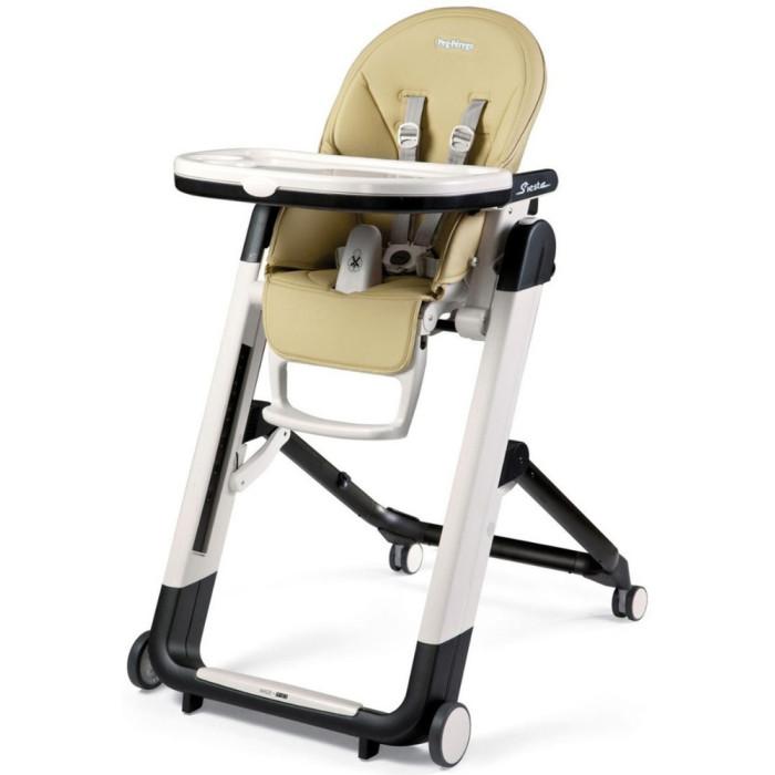 Стульчик для кормления Peg-perego Siesta Follow MeСтульчики для кормления<br>Siesta Follow Me стульчик для кормления многофункциональный и сверх компактный, который растет вместе с малышом.  Первые месяцы используется как удобный шезлонг,  начиная с 6 месяцев, как стульчик для кормления и для игр.  Стульчик Siesta можно использовать без подноса, чтобы ребенок мог есть с вами за столом.  Система Stop  Go - нажимая на кнопку системы стульчик легко перемещать из одной комнаты в другую.  Колеса с защитой от царапин и системой автоматической блокировки.  Поскольку у Siesta есть колеса, Peg-perego решили изменить текущую систему остановки и движения, добавив новый элемент, который позволяет либо заблокировать, либо разблокировать тормоз. А так же добавили дополнительную защиту под столик.  Особенности: Размеры в разложенном состоянии(ВхШхД) : 104,5x60x77,5 см Размеры в сложенном состоянии(ВхШхД)  : 86x60x30 см Высота спинки сиденья: 44 см, глубина: 22 см, глубина подножки: 20 см. Ширина сиденья: 27 см, ширина в плечах: 26 см Столик средний: 26 х 47 см. Расстояние от столика до спинки: 27 см. Удобно складывается и разбирается