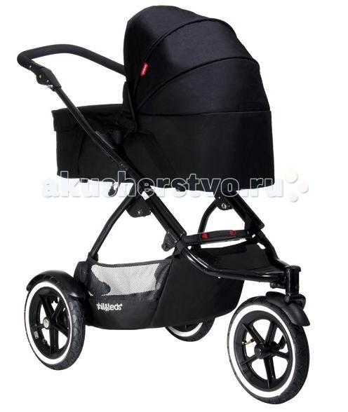 Люлька Phil&amp;Teds Snug Carrycot для колясок Dot и SportSnug Carrycot для колясок Dot и SportБлок для новорожденных в коляску Phil&Teds Snug Carrycot подходит для колясок производителя Phil&Teds Dot и Navigator. Блок для новорожденных с легкостью прикрепляется к шасси и превращает обычную прогулочную коляску в удобную для вашего новорожденного малыша.   Блок на удобных ручках , на дне колыбельки мягкий матрасик для удобства самых маленьких.   Особенности: блок Snug Carrycot оснащен прочными ручками для переноски; легко крепится на шасси; может использоваться в качестве переносной люльки или кроватки; противосолнечный козырек обеспечивает надежную защиту от ультрафиолетового излучения; капор раскладывается совершенно бесшумно; при необходимости капор легко снимается; предусмотрен комфортный ортопедический матрасик; внешняя обивка чистится влажной губкой; внутренние части из ткани отлично переносят машинную стирку; при производстве блока для новорожденных используют только гипоаллергенные материалы с высокими износостойкими качествами; предусмотрено быстрое и простое складывание модели; механизм крепления на шасси отличается большой прочностью и простотой в использовании; люлька весьма удобна, ветронепродуваема и безопасна; прогулка будет комфортной даже в ненастную погоду, так как люлька надежно защищает ребенка от холода и ветра; блок предназначен для детей в возрасте от рождения и до девяти месяцев. Размеры и вес: Размеры блока: 77 х 35 х 27 см Вес: 4,5 кг. В комплекте: блок с люлькой, матрасик, УФ защита, дождевик.<br>