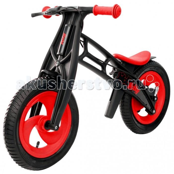 Беговел Hobby-bike RT Fly АRT Fly АБеговел Hobby-bike RT Fly А, созданный по немецким технологиям, удивит Вас своими особенностями. Вы оцените высокое европейское качество, инновации и функционал.   Уникальность модели Fly - самое низкое положение сиденья - 30.5 см. Благодаря съемным пластиковым деталям Вы сможете установить сиденье на высоту 42 см. Устойчивость, эргономичность и надежность позволит самым маленьким малышам от 2 лет быстро и без страха освоить этот велобалансир в самое короткое время. Вы удивитесь быстрым результатам своего малыша!   Hobby-bike Fly черная оса идеален для самых маленьких. Важно, чтобы обе ноги малыша доставали до земли.  Hobby bike Fly черная оса невероятно легок, прочен и долговечен. Теперь Ваш малыш может кататься на беговеле круглый год - благодаря пластиковой раме, беговел никогда не заржавеет. Литой пластик с добавлением стекловолокна и нейлона создан по самым современным технологиям и не подвержен перепаду температур и деформации.  Немецкое качество во всем - сиденье выполнено из силикона и Ваш малыш никогда не соскользнет с беговела. Безопасность — 10 баллов. Сиденье идеальной эргономичной формы с круглыми краями очень мягкое, удобное и устойчивое. Сиденье регулируется на любую высоту - от 30.5 см до 42 см. Регулировать сиденье легко и просто - благодаря надежному барашку Вы сможете быстро переставлять сиденье, меняя его положение на необходимую высоту. Это очень удобно. Инструменты не нужны!  Еще одна уникальная особенность беговела в том, что угол поворота руля сделан таким образом, чтобы быть безопасным в использовании. Грамотно продуманный угол поворота (неполный) дает малышу безопасное маневрирование и безопасно поворачивать, не позволяя беговелу упасть.  Надувные колеса с 2 видами шин на любой вкус - елочка и волна. Оба протектора шин создают максимальное сцепление с дорогой. А продуманные канавки на протекторе позволят воде и грязи скатываться с колес и шинам оставаться чистыми. Благодаря этим деталям обучение и катание 