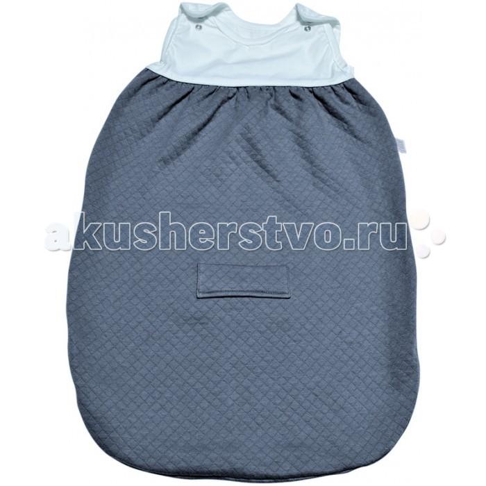 Спальный конверт Red Castle Sleeping Bag Tog0.5 0-6 мес.Sleeping Bag Tog0.5 0-6 мес.Спальные мешки Red Castle необычайно популярны у родителей, которые попробовали использовать их для сна малыша!  Благодаря специальной форме без рукавов, они защитят малыша от перегрева и обеспечат идеальную циркуляцию воздуха и теплообмен во время сна (очень важно, чтобы повышенная температура могла бы выходить через вырезы).   Созданная в Великобритании система, учитывающая влияние внешней температуры на терморегуляцию, была адаптирована для спальных мешков, с использованием TOG. Чем больше TOG, тем больше удерживается тепло. Спальные мешки RED CASTLE доступны в 3-х обозначениях TOG : TOG 0.5 – легкий хлопок, муслин, TOG 2 – слегка стеганный хлопок, TOG 3 – нежный флис. С помощью приведенной таблицы вы можете подобрать наиболее подходящий спальный мешок для вашего малыша.  Предупреждение: не подбирайте спальный мешок, учитывая температуру на улице. Всегда учитывайте температуру комнаты, в которой спит ребенок и одежду, которую вы оденете под спальный мешок.  Особенности: Два уровня регулировки длины с помощью кнопок на плечах у моделей 55, 65 и 75 см для лучшей адаптации под размеры ребенка. Длинная молния облегчает процесс пеленания. Отсутствие рукавов обеспечивает циркуляцию воздуха и предотвращает перегрев. Теплый воздух может свободно циркулировать, при перегреве, выходить наружу через вырезы для рук. Размеры: 0-6 месяцев Материал: TOG 0.5 – легкий хлопок Уход: Машинная стирка.<br>