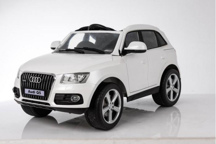 Электромобиль RiverToys Audi Q5
