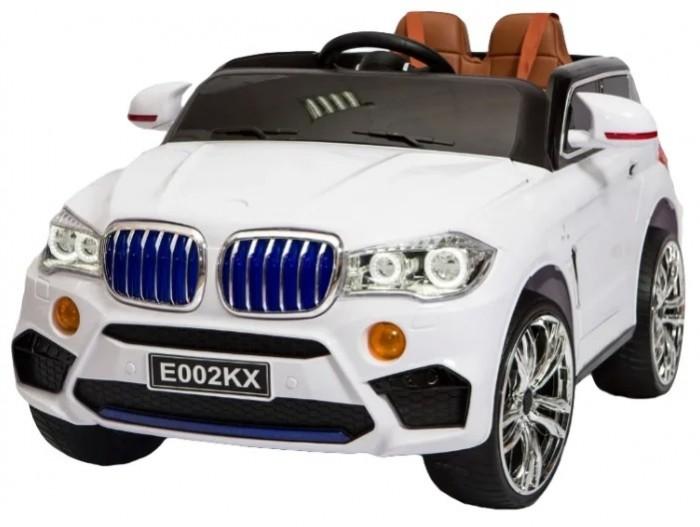 Электромобиль RiverToys BMW E002KXBMW E002KXЭлектромобиль RiverToys BMW E002KX сделан так, чтобы максимально походить на настоящий. Обладает высокой проходимостью при движении по дорогам.   Управляя этим электромобилем, Ваш ребенок с самого раннего детства приобретет навыки уверенного вождения,ведь это фактически настоящий автомобиль, только маленький и безопасный. В этой машине есть музыка, радио, рычаг переключения скоростей и дистанционный пульт управления. Дистанционный пульт управления работает на расстоянии свыше 50 метров и не перекрывается другими радиосигналами, а значит, родители могут не волноваться за безопасность малыша.  Приблизительное время работы при полностью заряженном аккумуляторе - 2 часа (зависит от нагрузки на электромобиль).  Особенности: Световые и звуковые эффекты, подсветка радиаторной решетки, диодная подсветка по корпусу авто и заднего стекла, амортизаторы. 3D-подсветка капота. Пульт управления: универсальный (27МГц). Колеса: кожаное сиденье с 5-точечным ремнем безопасности. Открываются двери. Подсветка панели приборов.  Заводится с ключа. Скорость: 2 скорости вперед, одна назад. До 6км/ч. Вход для MР3. Аккумулятор: 6V/4,5AHх2 Редуктор: 2х5W.<br>