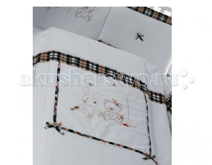 Комплект в кроватку Roman Baby Country (5 предметов)Country (5 предметов)Комплект постельного белья Roman Baby Country - элегантный сет от итальянского производителя. Белье сшито из 100% хлопка, украшено красивыми аппликациями в виде сердечка. На этом постельном белье малыш будет видеть только сладкие сны, а его сон будет спокойным и продолжительным.   Особенности:    Использовались только нетоксичные красители;  Украшено аппликациями;  Белье можно стирать при температуре 30 гр в режиме бережной стирки;  Изготовлено только из натуральных гипоаллергенных материалов, с использованием нетоксичных красителей;   В комплекте:  - Одеяло - Пододеяльник - Наволочка 40 х 60 см - Подушка 40 х 60 см - Бортик на половину кроватки   Материал: 100% хлопок<br>