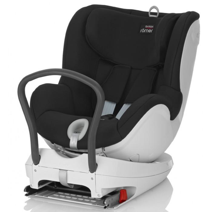 Автокресло Britax Roemer DualfixDualfixАвтокресло Britax Roemer Dualfix  Благодаря повороту кресла DUALFIX на 360° вы можете легко разместить своего ребенка в сиденье и устанавливать кресло как по ходу движения, так и против движения автомобиля.  Первоначально кресло используется в положение лицом против направления движения при весе ребенка до 9 кг, затем вы можете или оставить ребенка лицом против направления движения или повернуть его лицом по направлению движения. Благодаря такой гибкости кресло подходит для новорожденных и для детей старшего  возраста.Кресло оснащено всеми устройствами обеспечения безопасности, которые вы привыкли видеть у BRITAX R&#214;MER, например, креплением ISOFIX и пятиточечным  ремнем безопасности. Неважно, сколько лет вашему ребенку и какой его рост - вы можете быть уверены, что он будет в безопасности.   Отличительные особенности: Система ремней безопасности с пятиточечным креплением, регулируемая однократным натяжением, равномерно распределяет силу удара, также позволяет отрегулировать ремни по размеру вашего ребенка и защищает ребенка в кресле независимо от направления удара Выбор положения: лицом против направления движения или по направлению движения (для ребенка весом от 9 до 18 кг).  Вращение сиденья на 360° облегчает поворот кресла по направлению движения или против направления движения без необходимости снятия кресла, благодаря ему можно посадить ребенка в кресло сбоку Система ISOFIX обеспечивает прямое соединение с якорными креплениями автомобильных ремней безопасности ISOFIX для безопасной и удобной фиксации кресла Наклон в различные положения обеспечивает вашему ребенку удобное положение для сна, которое вы можете отрегулировать, не тревожа ребенка Вставка для новорожденных обеспечивает дополнительный комфорт и поддержку для малыша Регулируемый по высоте подголовник и ремни легко настраиваются одной рукой, что позволяют креслу расти вместе с ребенком. Глубокие мягкие боковины обеспечивают вашему ребенку оптимальную защиту пр