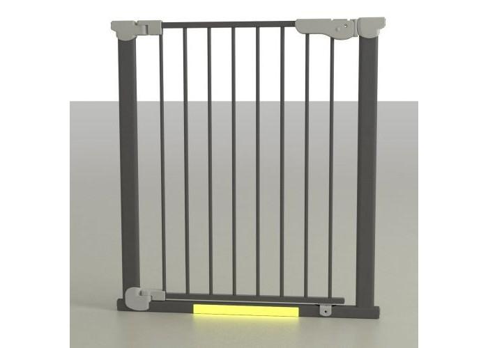 Safe&amp;Care Ворота AUTO 73-80.5 смВорота AUTO 73-80.5 смВорота AUTO с дозакрывателем дверцы на распорках Safe & Care 73-80,5см быстро и надежно устанавливаются в дверные и лестничные проемы, по принципу распорок.    Особенности:    Не требуют крепления в стены, поэтому после демонтажа не оставляют следов.  Оснащены механизмом автоматического закрывания калитки.  Подходят для дверных проемов 73-80,5см ( с 6-тью дополнительными элементами удлинения можно увеличить до 122,5см)  Цвет метала - Белый, черный или хром  Уникальный магнитный замок  Цветовой индикатор для проверки надежности запирающего замка  U–образная рама с автоматически закрывающейся дверцей  Силиконовое покрытие упирающихся крепежных стержней для дополнительной безопасности  Легко устанавливаются без инструментов  Соответствуют международным требований безопасности En 1930:2000 , EN 1930:2009 и ASTM F1004-0  Дополнительный замок внизу дверной секции  Если ворота безопасности Safe & Care AUTO 73-80,5 см необходимо установить в проемы более 80,5 см, используются дополнительные элементы удлинения (приобретаются отдельно). Ширина каждого элемента – 7 см. Максимальное количество таких дополнительных секций, которые вы можете использовать – 6 штук, таким образом можно увеличить ширину защитного барьера до 122,5 см.<br>