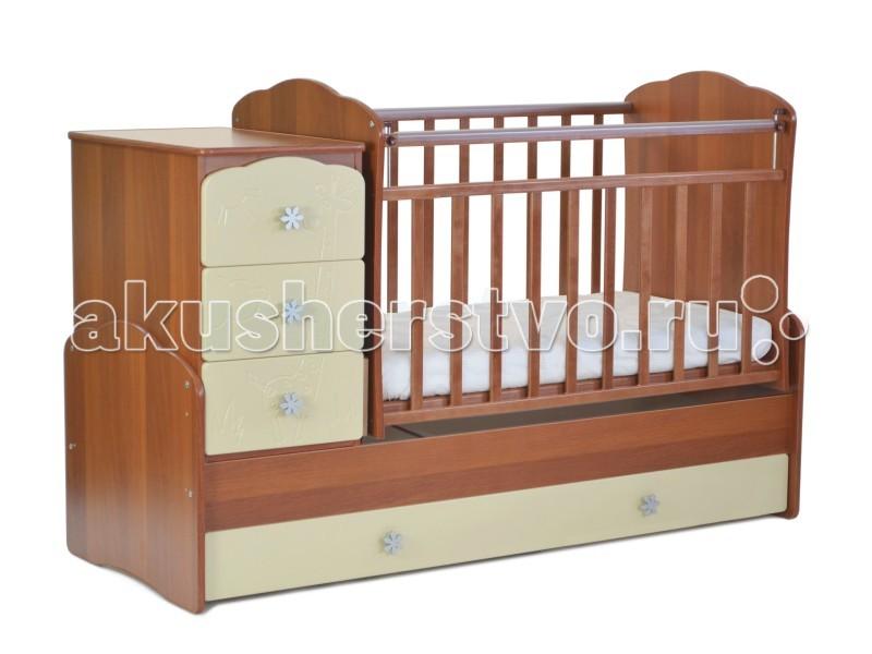 Кроватка-трансформер СКВ Компани СКВ-9 Жираф маятник поперечныйСКВ-9 Жираф маятник поперечныйКроватка-трансформер СКВ Компани СКВ-9 Жираф маятник поперечный это кровать-трансформер с поперечным маятниковым механизмом. подходит для детей с рождения до 10 лет кроватка с комодом трансформируется в подростковую кровать. Фасады из крашеной МДФ с забавной фрезеровкой в виде жирафа.  Комод можно установить как с правой, так и с левой стороны. Два нижних выдвижных ящика на направляющих. Такая конструкция удобна тем, что не взаимодействует с покрытием пола, а перегородка между ящиками придает кроватке дополнительную жёсткость.  Особенности: маятниковый механизм поперечного качания 2 уровня ортопедического основания опускающаяся боковина механизм опускания: кнопка комод с 3 ящиками выдвижной ящик в нижней части кровати (закрытый) внутренний размер детской кроватки (с рождения): 120х60 см внутренний размер подростковой кровати: 170х60 см материал: массив берёзы / ЛДСП  Для производства кроватей используются только экологически чистые материалы – безвредные для малыша. Деревянные элементы изготовлены из массива северной берёзы, обработка которой осуществляется на территории предприятия. Детали из ламинированной ДСП (древесно-стружечная плита) изготавливаются из высококачесвенных плит, соответствующих стандартам безопасности.   Окрашивание мебели (включая внутренние видимые поверхности) осуществляется безвредными материалами компании в строгом соответствии с требованиями сертификации. В нашей мебели используются качественные фурнитура и комплектующие российского и итальянского производства.<br>