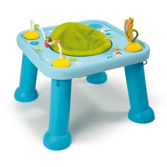 Игровой центр Smoby трансформер 211310трансформер 211310Стульчик Smoby Трансформер - подойдет как самым маленьким, так детям постарше. Для маленьких предназначено специальное сиденье в центре столика, которое регулируется по высоте и вращается на 360 градусов, благодаря чему малыш легко дотянется до нужной ему игрушки, да и повертеться на стуле он может от души! В комплекте есть два героя коллекции Cotoons - цветочек Тулип в виде зеркальца и пчелка Зум с двумя бусинами, которая может передвигаться по специальной дорожке.  Для деток постарше стульчик-трансформер Smoby легко превращается в стол. Для этого необходимо сидение заменить крышечкой с героями Сotoons.  Особенности: - Легко поддается чистке и стирке. - Все материалы приятны на ощупь и безопасны для ребенка. - Модель соответствует европейским стандартам качества и безопасности. - Материал: пластик. - Размер столика: 45х42х42 см. - Размер упаковки: 60х60х20 см. - Вес: 3,7 кг.<br>