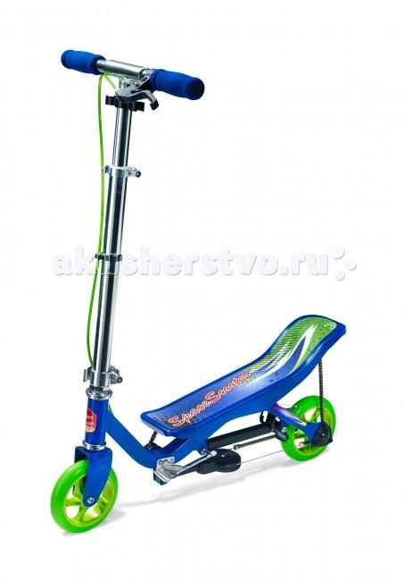 Самокат Space Scooter Junior X360Junior X360Самокат Space Scooter Junior X360 - это космические ощущения невесомости! Потрясающая новинка родом из Голландии. При катании на нем в режиме педального (цепного привода) не нужно вообще касаться поверхности. Это по сути самокат велосипед. Цепной механизм работает так, что Вы движетесь за счет раскачивания взад-вперед.  Особенности: Главная особенность самоката — подвижная рама, которая приводит в движение транспортное средство.  У Space Scooter простая складная система, позволяющая носить его с собой.  Этот самокат выдерживает нагрузку до 60 кг, поэтому он прекрасно подходит даже для взрослых.  Космический скутер будет прекрасным транспортом для города, так как большие колёса позволят достаточно комфортно передвигаться даже по неровной дороге.  Этот самокат будет прекрасным подарком для любого ребёнка. Рекомендуется использовать шлем, налокотники, наколенники, защищающие суставы ладоней аксессуары, так как самокат позволяет развивать достаточно высокую скорость на ровной дороге.  Название Space Scooter является торговой маркой и принадлежит их законным владельцам. Space Scooter защищен патентами. Колёса: 2 x 6 дюймых полиуритановых колеса Особенно тихая система привода с двойными опциями (Step en Space Scooter™) Амортизатор вибрации  Легкий и переносной  Складываемая рукоятка и труба  Правила ухода: Самокаты предполагают использование в сухую погоду на ровной асфальтированной поверхности.  При попадании в дождь или катании по песку рекомендуется прочистить детали: Цепь обрабатывается сухим аэрозолем, маслянистого вида, для цепей. Подшипники прочищаются и смазываются силиконовой смазкой. Внимание! При несоблюдении правил ухода за товаром самокат снимается с гарантийного обслуживания.<br>