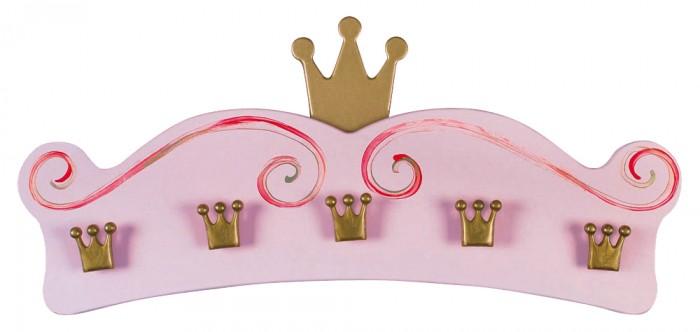 Spiegelburg Вешалка настенная PrinzessinВешалка настенная PrinzessinSpiegelburg Вешалка настенная Prinzessin  На эту вешалку можно повесить свои самые красивые платьишки и наряды. На ней есть 5 крючков для одежды и сумок, а наверху красуется настоящая корона. Узоры на вешалке расписаны вручную.  Размер: 70 х 30 х 6 см<br>