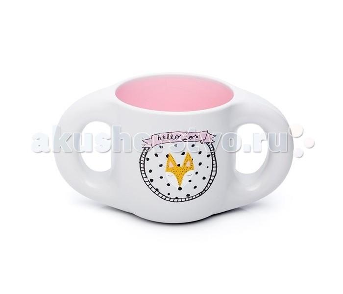 Suavinex Чашка Fox с 6 мес.Чашка Fox с 6 мес.Чашка Suavinex Fox с 6 мес.   Чашка Suavinex Fox имеет две удобные ручки по бокам и предназначена для малышей от 6 месяцев. Модель с принтом лисы изготовлена из высокотехнологичного материала и не содержит бисфенол.  На все предметы коллекции нанесено особое покрытие, инновационная техника нанесения аналогична той, которую используют ювелиры в работе с золотом.  состав: полипропилен страна производитель: Испания<br>