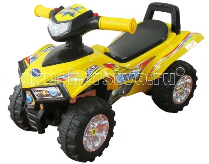 Каталка Sweet Baby ATVATVSweet Baby Каталка ATV, как и в настоящих квадроциклах, чтобы повернулись передние колеса необходимо развернуть руль каталки Квадроцикл в необходимую сторону.  Удобные широкие колеса делают игрушку устойчивой как на песке, так и на асфальте.  Каталка Квадроцикл изготовлена из качественного пластика.<br>