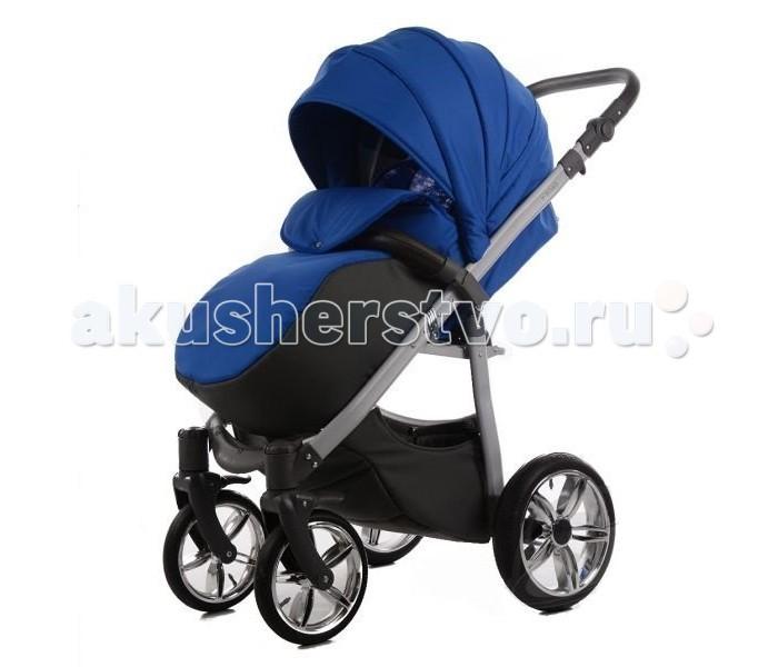 Прогулочная коляска Tako V-RoadV-RoadTako V-Road - облегченная коляска для прогулок. Ребенок сможет в коляске не только изучать окружающий мир, но и спокойно отдохнуть, спинка имеет 3 позиции и откидывается до 170 градусов. Капюшон опускается очень низко и вместе с накидкой на ножки отлично закрывает ребенка от непогоды и оставляет необходимую вентиляцию.  Колеса из резины поглотят все неровности дороги, большой диаметр делает коляску вездеходной, а передние поворотные колеса обеспечивают Tako V-Road превосходное управление. Ручка обшита эко-кожей и имеет несколько позиций по высоте, каждый из родителей сможет выбрать нужный ему вариант.  Характеристики:  очень длинное (86 см) и просторное (34 см) спальное место  регулируемая спинка и подножка  спинка опускается до положения лежа  большой капюшон  надувные колеса  сетка для вентиляции в капюшоне  накидка на ножки  цветной матрасик на сиденье  бампер с обивкой из эко-кожи и перетяжкой между ножек  ремни безопасности  пружинная амортизация  тормоз-фиксатор  корзина  Размеры (Д/Ш/В): 79х61х42 см, спальное место - 34х86 см   Размеры в собранном виде (Д/Ш/В): 77х61х115 см Вес: 12 кг<br>