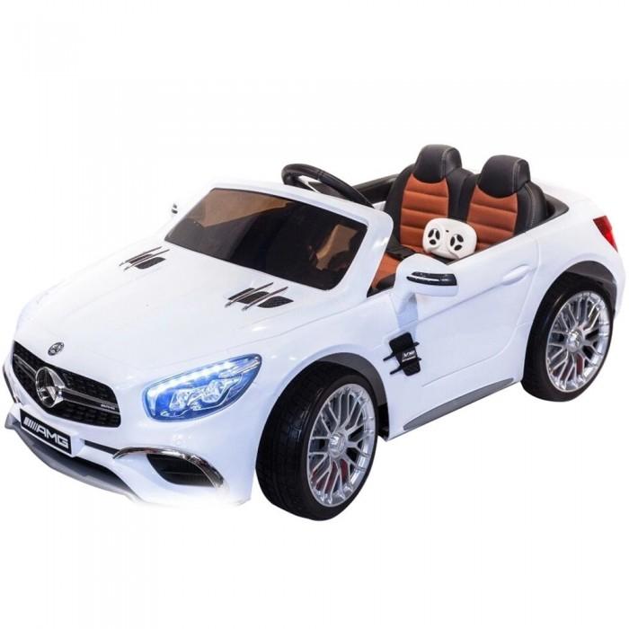 Электромобиль Toyland Mercedes-Benz SL65 AMGMercedes-Benz SL65 AMGЭлектромобиль Toyland Mercedes-Benz SL65 AMG - это детское транспортное средство развивает у ребенка внимание и наблюдательность, а также улучшается реакция и координация движения. А самое главное - ребёнок в игровой форме знакомится с правила поведения на дорогах как со стороны водителя, так и со стороны пешехода. У малыша-водителя развивается внимательность и концентрация. При вождении, пусть и игрушечном, нужно следить за множеством параметров. Это своего рода игра-обучалка, но в реальном мире.  Особенности: полностью резиновые колеса EVA максимальная нагрузка 30 кг аккумулятор 12V/7Ah, находится в съемном боксе в багажнике, два двигателя: 2x35W, привод на два задних колеса амортизаторы на передних и задних колесах для плавности хода максимальная скорость 7 км/ч, 2 скорости вперед, одна скорость движения назад (переключение скоростей с пульта ДУ или приборной панели, плавный набор скорости с помощью педали) заводится с ключа открывающиеся двери, кожаное сиденье с ремнем безопасности и регулировкой вперед/ назад удобный руль с музыкальными эффектами (кнопка клаксона и проигрывания мелодий) возможность перемещения по принципу чемодана - ручка под передним бампером для перевозки электромобиля разъем для подключения MP3, вход для карты SD, вход для USB светодиодные огни фар, свет фонарей<br>