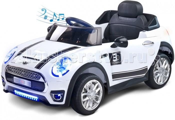Электромобиль Toyz MaxiMaxiToyz Электромобиль Maxi - это спортивный кабриолет, о котором мечтает каждый маленький водитель. Управлять этой подвижной машинкой может как сам ребенок с помощью кнопочек на руле, так и родители - для этого есть пульт управления. Двигаться он может вперед и назад. Передние и задние светодиодное освещение прекрасно рассеет тьму. Игру разнообразят мультимедийные возможности, такие как звуковой сигнал и мелодии. Так же, как реальный автомобиль Caretero Maxi имеет открывающиеся двери с замком безопасности.  Особенности: открываются двери с обеих сторон  предусмотрена блокировка от самопроизвольного открытия ребенок может управлять самостоятельно либо родители пультом управления (входит в комплект) музыкальный руль с клаксоном разъем для подключения МР3 плеера, гнездо для Флеш-карты, разъем для MicroSD карты фары с LED подсветкой (впереди и сзади) на панели кнопки регулировки громкости и яркости подсветки две скорости вперед и две назад 2 мотора общей мощностью 30 Вт, 2 аккумулятора 12 В до 2-х часов работы на одной зарядке максимальная нагрузка 25 кг зарядное устройство от сети 220 В Размеры (ДхШхГ): 110 х 61 х 56 см<br>