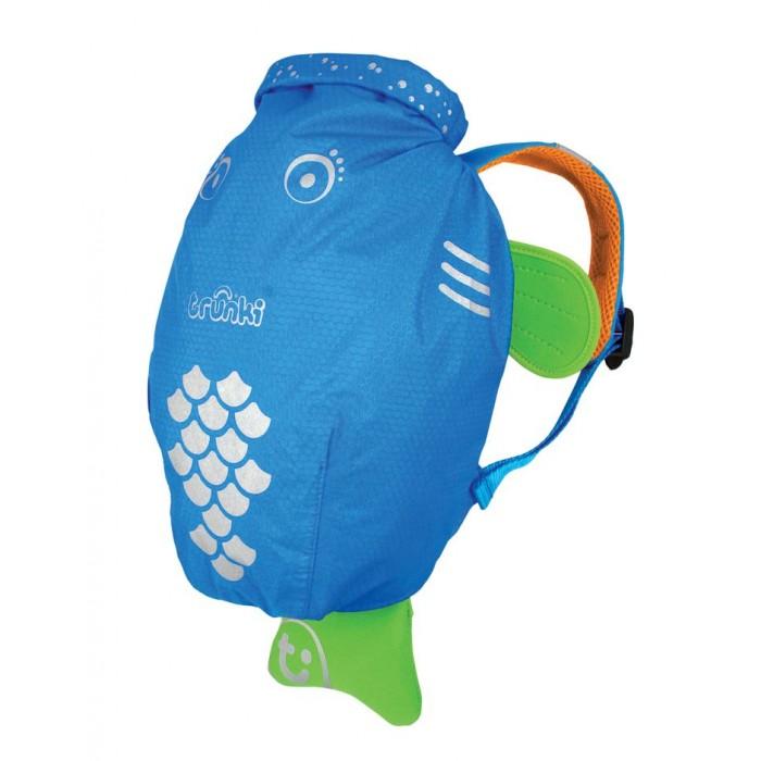 Trunki Рюкзак PaddlePakРюкзак PaddlePakОтличное решение для отдыха. Ребенок может взять все необходимое с собой в поездку в этом рюкзачке.  Подойдет для занятий спортом и плаванием.  Материал водонепроницаемый, поэтому вы можете быть спокойны за ребенка. Имеет широкую горловину для удобства складывания вещей.  Сделан в форме рыбки, у которой хвостик служит для хранения документов, телефона или прочей мелочи.  Размеры рюкзака: 49 х 33 х 10 см  Вес 0,18 кг   Внутренний объем 7,5 литров<br>