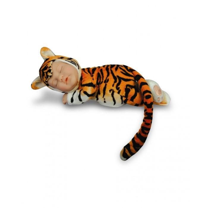 Мягкая игрушка Unimax Детки-тигры 17 смДетки-тигры 17 смМягкая игрушка Unimax Детки-тигры - это настоящие плюшевые милашки.  Мягкая завораживающая улыбка притягивает взгляд. В глазёнках светится доверчивость и открытость. Куклы одеты в мягкие пушистые костюмчики С такой игрушкой ребёнку будет хорошо помечтать, сидя где-нибудь в укромном уголке. Эта кукла станет надёжным хранителем всех детских тайн и секретов.  Дизайн игрушек разработан всемирно известным фотографом Anne Geddes.<br>