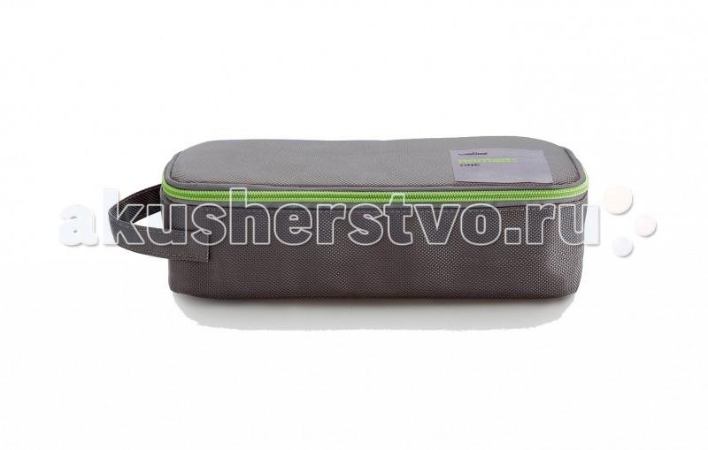 Valira Термосумка + 1 контейнерТермосумка + 1 контейнерТермосумка One City + 1 контейнер   Удобная компактная термосумка, в состав которой входит контейнер объемом 0.75 литра. Сохраняет температуру содержимого до 6 часов.   Внешний материал гигиеничный и непромокаемый. Внутренний материал предназначен для легкого и удобного ухода за сумкой. В наличии есть различные яркие цвета, что очень радует глаз.   Молния позволяет полностью открыть ланч сумку для комфортного использования. Термосумка имеет боковую ручку для удобства переноски, а также внутренние карманы для столовых приборов и аксессуаров. Ручка регулируется при необходимости.  Контейнер (0.75 л), входящий в набор, изготовлен из керамического пластика, 100% герметичен и водонепроницаем, с удобными защёлками и надёжной изолирующей прокладкой. Контейнер можно использовать для разогревания пищи в микроволновой печи.<br>