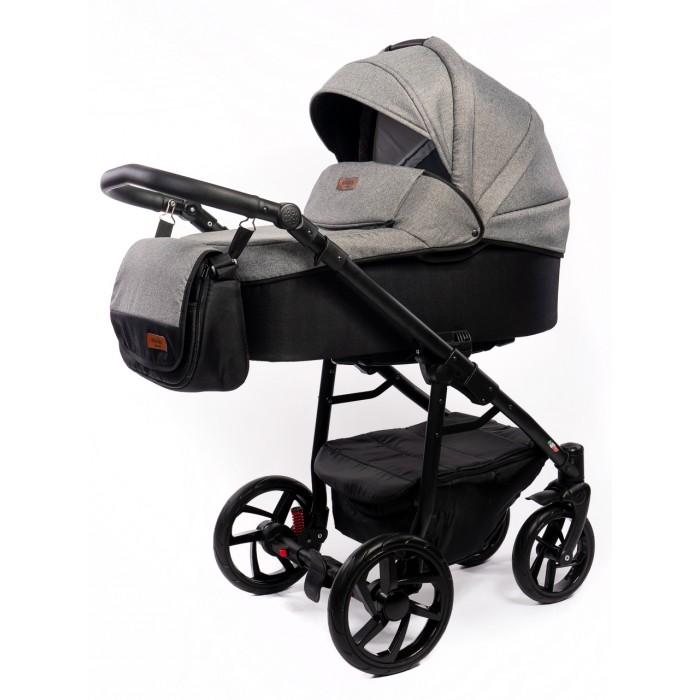 Коляска Vikalex Cochinella 2 в 1Cochinella 2 в 1Детская универсальная коляска Vikalex Cochinella 2 в 1 - стильная многофункциональная модель для ежедневных прогулок, предназначена для малышей с рождения. «Продвинутая» система амортизации и надувные колеса придадут коляске Vikalex мягкий и плавный ход, маневренность и хорошую проходимость и в зимнюю пору по снегу, и в осеннюю слякоть.  Компактно складывающаяся рама, позволит хранить и транспортировать коляску без особых  затруднений.  Шасси: Прочная металлическая рама Механизм сложения рамы книжка Регулируемая ручка Большие надувные колеса Пружинная амортизация Передние поворотные колеса с возможностью фиксации Установка блоков на раму проста и надежна, не требует особых усилий Тканевая корзина для покупок, закрывается на молнию  Люлька: Удобная и просторная  люлька Бесшумный механизм сложения капюшона Утепленные борта Матрасик для пеленания Чехол наматрасника выполнен из велюра Удобная ручка для переноски люльки в капюшоне  Прогулочный блок: Просторное сиденье Анатомический матрасик Функция раскладывания до горизонтального положения Большой капюшон с секцией для проветривания 5-точечные ремни безопасности с мягкими плечевыми накладками Ограничительный бампер Накидка на ножки  В комплект входит: Шасси Люлька Прогулочный блок Корзина для покупок Москитная сетка Дождевик Сумка для мамы  Размеры: В разложенном виде 105х60х126 см В сложенном виде 76х60х34 см Люлька 83х34х20 см Диаметр колес 24/30 см Ширина колесной рамы 60 см  Вес: 12.9 кг.<br>
