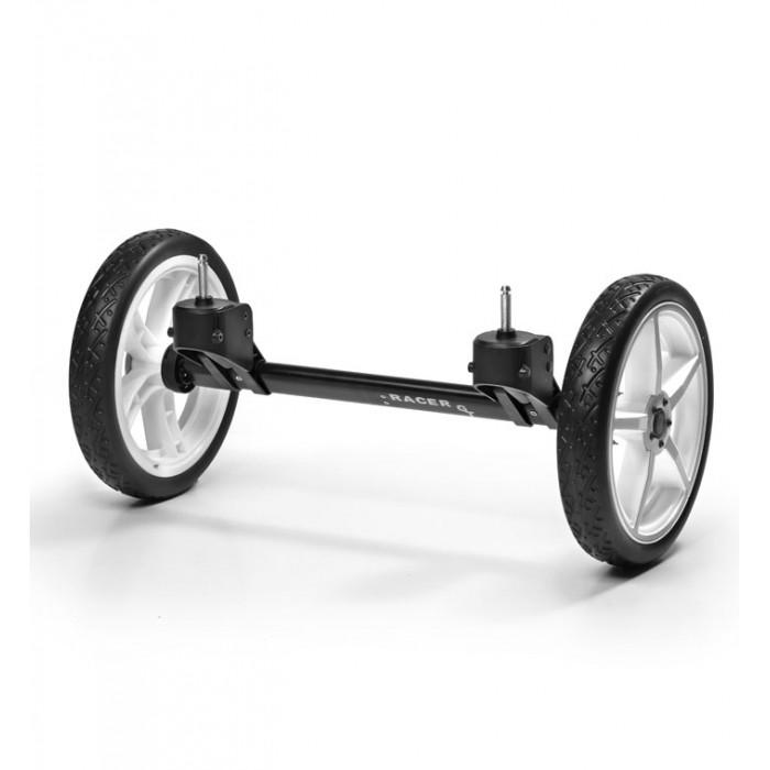 Hartan Комплект больших передних колес для Racer GT (Quad system)Комплект больших передних колес для Racer GT (Quad system)Hartan Комплект больших передних колес для Racer GT (Quad system)   Особенности: Новая сменная ось четырехколесной системы позволит вашей коляске без труда пройти по любой местности!  Вы сможете легко и быстро закрепить новые колеса на место передних.  Большие колеса устанавливаются простым защелкиванием...раз, два ... и ваша обычная городская коляска превращается... во внедорожный вариант!<br>