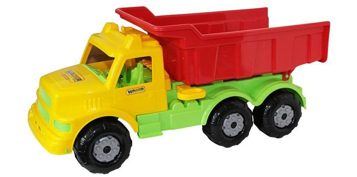 Wader Автомобиль-самосвал БуранАвтомобиль-самосвал БуранАвтомобиль-самосвал Wader Буран, изготовленный из прочного безопасного материала, отлично подойдет ребенку для различных игр.   Самосвал оборудован откидывающимся кузовом.   В кабину можно поместить фигурку водителя.   Большие колеса со свободным ходом обеспечивают игрушке устойчивость и хорошую проходимость.   Ваш ребенок сможет прекрасно провести время дома или на улице, перевозя в своем самосвале различный груз.  Выдерживает нагрузку до 50 кг.<br>