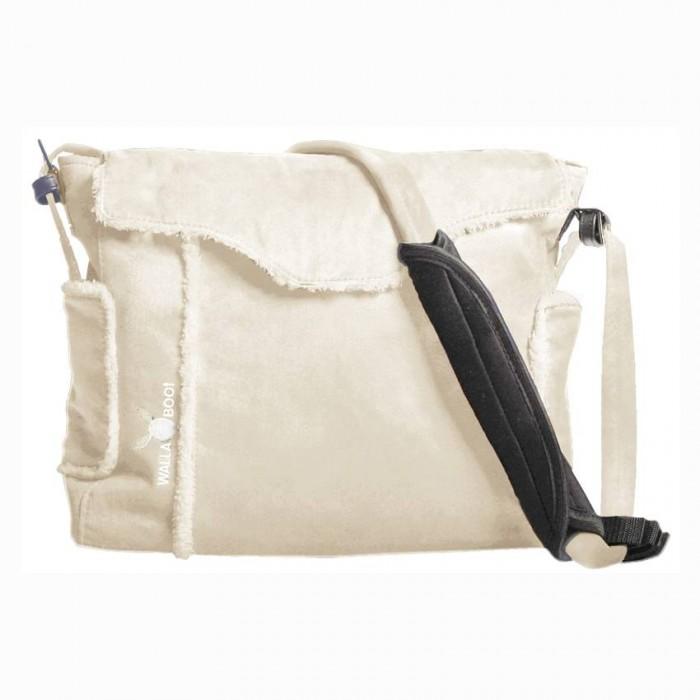 Wallaboo Сумка для мамыСумка для мамыСделанная из красивой микроволокнистой замши в сочетании с декоративной отделкой из искусственного меха под шкурку ягненка — эта сумка дополнит гардероб любой модницы! Это больше, чем просто практичность!  Она отлично сочетается с курткой, пуховиком и дубленкой. Удобно! Современно! Модно!  Теперь каждая вещь для ухода за Вашим малышом найдет свое место: 5 карманов с молниями и без 2 больших внутренних отделения регулируемый ремень с мягкой вставкой для плеча непромокаемая внутренняя подкладка идеальна в уходе  В комплект также входят: термо-карман для бутылочки мягкий матрасик для смены подгузника отдельная сумочка на «молнии» (можно использовать для чистых подгузников)<br>