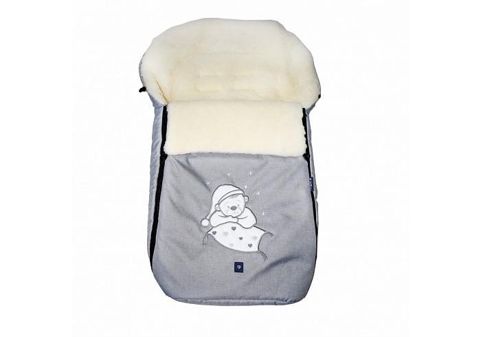 Зимний конверт Womar S77 Exclusive BearS77 Exclusive BearЗимний конверт Womar S77 Exclusive Bear модная и стильная защита от холода для вашего малыша.   Внутри конверта мягкий мех, изготовленный из овчины. Этот материал не вызывает аллергии и безопасен для нежной кожи малыша.  Верхняя часть непромокаемая, грязеотталкивающая и не продувается. Также ее можно отстегнуть. Сверху есть шнурок, который можно стянуть как капюшон. Конверт подходит к большинству колясок.   Стирать при температуре 30 градусов, не отжимать и не гладить. Есть отверстия для пятиточечного ремня безопасности.<br>