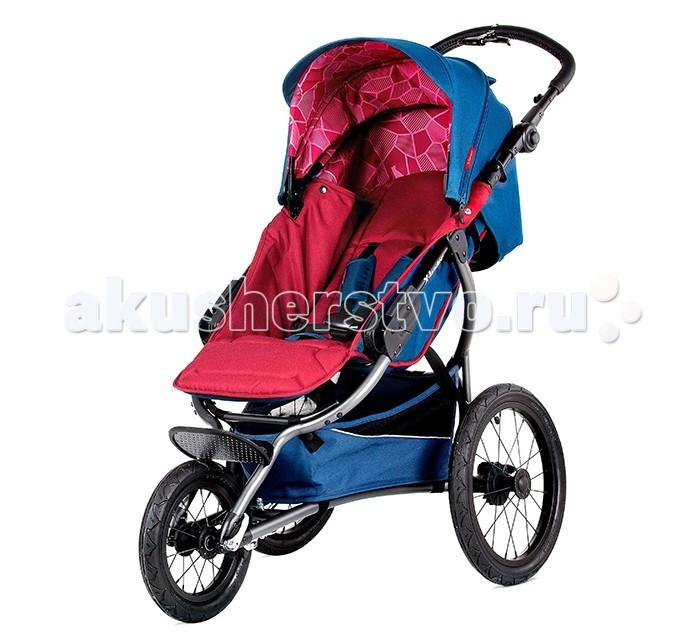 Коляска X-Lander X-Run 2 в 1X-Run 2 в 1X-Lander X-Run - коляска для спортивных родителей! Конструкция коляски X-Run относится к типу беговых колясок, у нее колеса увеличенного размера, она устойчива и имеет ручной тормоз. Прогулочная коляска X-Run предназначена для детей от 6 месяцев.  В комплекте с люлькой коляску можно использовать с рождения.  Помимо традиционного стояночного тормоза, у X-RUN есть тормоз на ручке, аналогичный велосипедному. На ручке расположен также и велосипедный звонок.  В X-lander X-RUN не менее комфортное и безопасное сиденье, чем у других моделей X-lander , к тому же бампер специально расположен чуть выше, это сделано для безопасности с учетом нестандартной динамики эксплуатации коляски.  Особенности: Удобное, простое и компактное складывание механизм сложения - «книжка»  Регулировка ручки по высоте  Спинка опускается в положение для сна Регулировка угла спинки - с помощью ремня с зажимом  Съемный мягкий матрасик  Объемный капюшон  Подножка регулируется для положений сидя и лежа  5-точечные ремни безопасности с мягкими плечевыми накладками  Съемный бампер  Материал коляски водонепроницаемый, не выгорает  Тканевые чехлы снимаются для стирки  Все колеса надувные, съемные, диаметр переднего 31 см, задних 40 см  Вместительная корзина для мелочей с удобным доступом  Надежный тормоз не пачкает обувь при нажатии и снятии  Люлька X-Pram для колясок X-lander  Эта современная и удобная в использовании люлька подходит ко всем 6-ти моделям колясок X-Lander: X-Move, X-A, X-Run, X-Fit, X-Cite, X-Pulse.  На все модели, кроме X-Move, люлька X-Pram закрепляется при помощи специальных адаптеров.  На X-Move люлька крепится без адаптеров.   Дополнительно: колеса, расположенные под углом, обеспечивают устойчивость коляски ручной тормоз звонок на ручке все колеса накачиваемые и демонтируемые большая корзинка для покупок легкая рама есть регулировка подголовника при помощи специального ремня  в капюшоне есть вентиляционная сетка алюминиевый каркас капюшона служит 