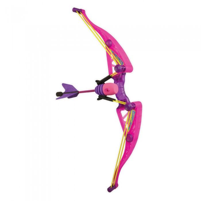 Zing Игрушечный Лук Z-Curve АмазонкаИгрушечный Лук Z-Curve АмазонкаЛук Z-Curve Амазонка может понравиться девочкам, которые любят захватывающие бои и приключения, отраженные в энергичных играх на свежем воздухе. Вооружившись луком розового цвета, девочка превратится в сильную и могущественную амазонку, которой не страшны никакие враги. В комплект входят три стрелы – они, как и лук, выглядят весьма оригинально. Мягкий наконечник не причинит детям никакого вреда, а пластиковые накладки на древке стрелы помогут амазонке точно поразить мишень. От зоркого глаза маленькой воительницы не уйдет ни один враг: стрелы могут пролететь 70 метров! Тетива натягивается легко и просто, и девочки от восьми лет справятся с этой задачей без каких-либо проблем. Стрельба из лука развивает глазомер и точность, тренирует реакцию и учит терпению.  В комплекте:   Лук; 3 стрелы.  Особенности:   Размер упаковки: 60 х 20 х 10 см Вес: 0,53 кг<br>