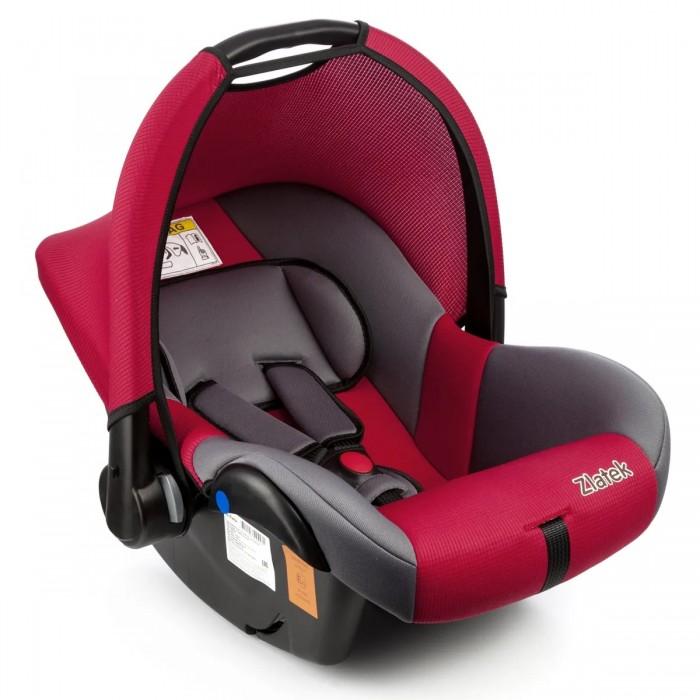 Автокресло Zlatek ColibriColibriДетское автомобильное кресло «Zlatek Colibri» предназначено для детей от рождения до 1.5 лет весом до 13 кг. Автокресло имеет удобную ручку для переноски, съемный капюшон для защиты ребенка от солнца, анатомическую подушку, которая удерживает голову малыша в нужном положении.   Внутренние трехточечные ремни регулируются по высоте в зависимости от роста ребенка. Съемный чехол изготовлен из нетоксичного гипоаллергенного материала, который безопасен для малыша. Детское автомобильное кресло «Zlatek Colibri» используется как автокресло, переноска, кресло-качалка, колыбель. В детском автомобильном кресле «Zlatek Colibri» ваш малыш будет путешествовать в безопасности и с удовольствием!.  Особенности: удобная ручка для переноски автокресла анатомическая подушка удерживает голову ребенка в нужном положении мягкие накладки внутренних ремней обеспечивают максимальный комфорт ребенка регулировка внутренних ремней по высоте в зависимости от роста ребенка износостойкий чехол легко снимается для стирки съемный капюшон обеспечивает защиту от солнца выраженная боковая защита обеспечивает безопасность при резких поворотах прочный каркас авоткресла изготовлен методом литья под давлением надежная система внутренних ремней с использованием специально разработанных ременных лент российского производства замок ремней с мягким клапаном и защитой от неправильного использования нетоксичный гипоаллергенный материал безопасен для малыша соответствие европейским стандартам безопасности (ЕЭК ООН №44-04)  Габариты кресла ширина/глубина/высота: 36/60/37 см. Вес кресла: 3.7 кг.<br>