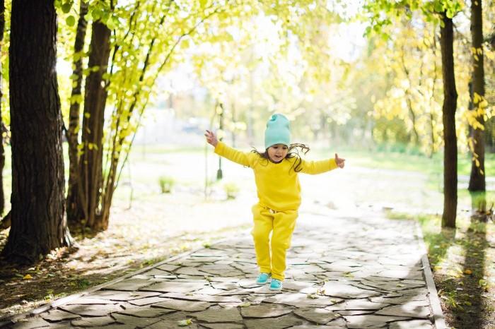 Комплекты детской одежды Zoook Костюм для активного отдыха Moon/Sun (свитшот и брюки)