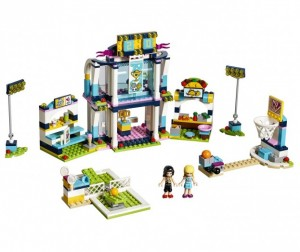 Конструктор Lego Friends Спортивная арена для Стефани